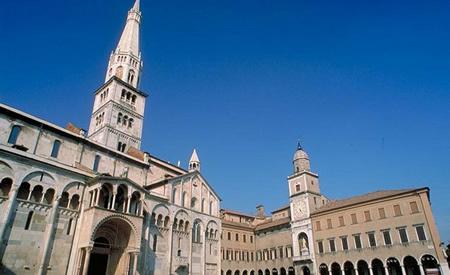 Distribuzione volantini e volantinaggio Modena